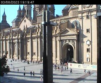 Plaza del Pilar Webcam Zaragoza (image hosted by webcam.abaco-digital.es)